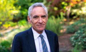 COVID-19 Vaccine Should Not Be Mandated for Children: Dr. Scott Atlas