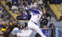 Dodgers Slam 4 HRs in 8th for 11-9 Comeback Win Over Padres