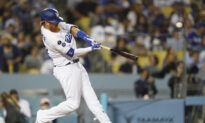 Back-to-Back Homers Again Carry Dodgers Past Padres 8-3