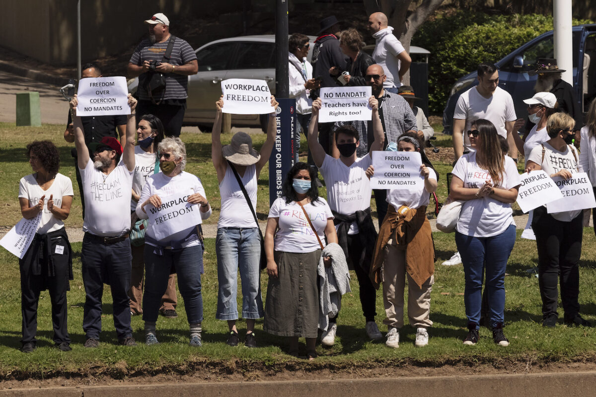 People Gather In Sydney To Protest Mandatory COVID-19 Vaccinations For Workers