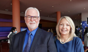 Couple Says Shen Yun Had Them Sitting on the Edge of Their Seats