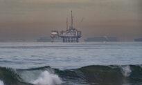 Crews Work to Clean Massive Oil Spill Off Huntington Beach