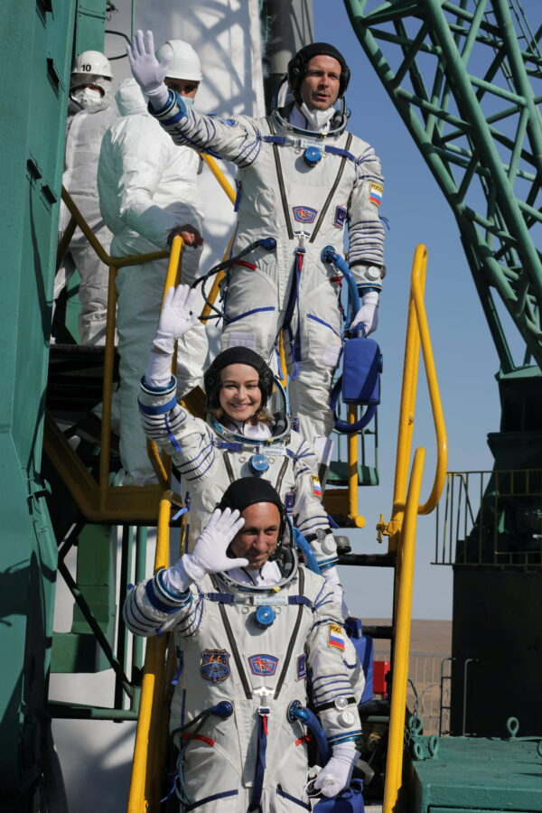 The International Space Station (ISS) crew members board the Soyuz MS-19 before the launch at the Baikonur Cosmodrome