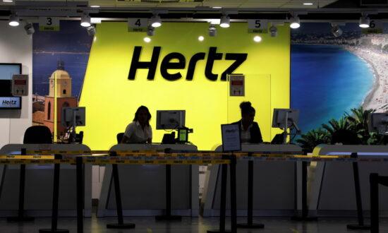 Hertz Orders 100,000 Tesla Cars for End of 2022