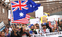 New Yorkers Chant 'Save Australia' in Protest Against Vaccine Mandates