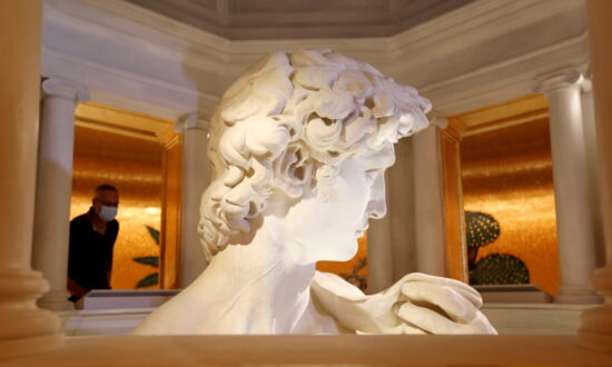 Dubai Expo Offers Close-Up of Michelangelo's David, but Only From Neck Up