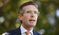 New Australian State Leader Speeds up Reopening Plan From Lockdowns