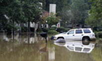 Alabama Swamped, 2 Killed in Floods From Slow-Moving Front