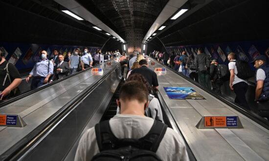 UK Raises Minimum Wage Amid Rising Inflation