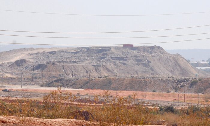 A copper and cobalt mine run by Sicomines is seen in Kolwezi, Democratic Republic of the Congo, on May 30, 2015. (Aaron Ross/Reuters, File Photo)