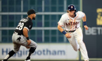 Houston Astros Dominate White Sox in Game 1 of ALDS
