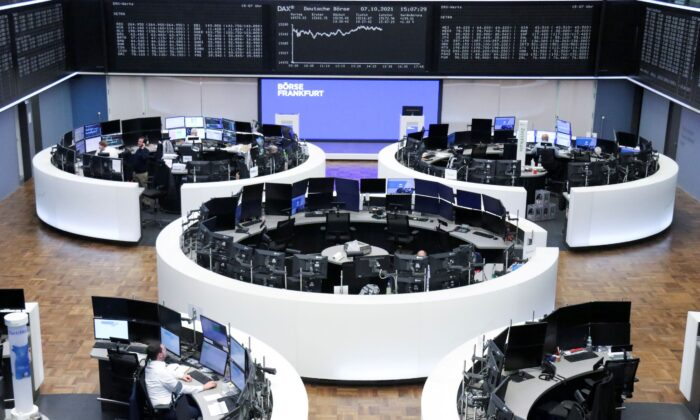 The German share price index DAX graph is pictured at the stock exchange in Frankfurt, Germany on Oct. 7, 2021. (Staff/Reuters)