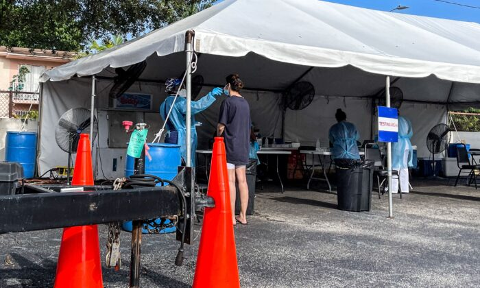 Medical personnel conduct COVID-19 testing in Miami on Sept. 1, 2021. (Chandan Khanna/AFP via Getty Images)