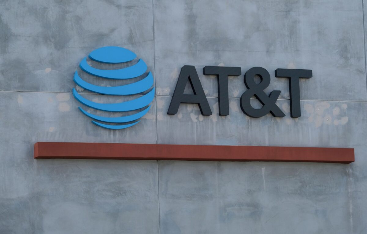 AT&T Responds to Attacks Over Texas 'Heartbeat' Abortion Law