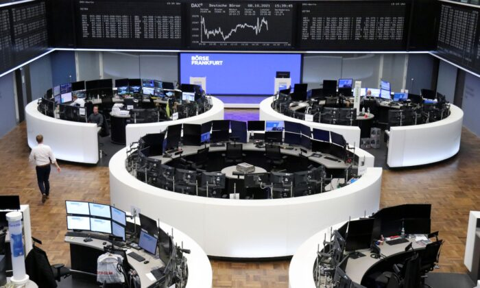The German share price index DAX graph is pictured at the stock exchange in Frankfurt, Germany on Oct. 8, 2021. (Staff/Reuters)