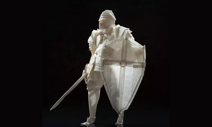 Origami Artist Creates Mind-Blowing Medieval Knight With Sword and Shield From Single Piece of Paper