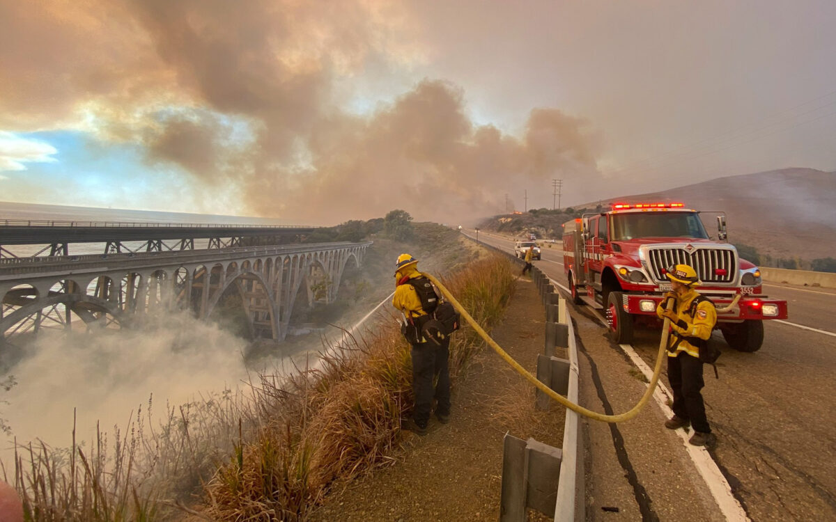 Southern California Fire Shuts Highway, Forces Evacuations