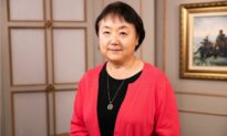 Virginia Mother Who Survived Mao's Cultural Revolution Sees Parallels in America