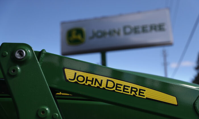 A John Deere tractor is displayed at Belkorp Ag in Santa Rosa, California, on May 20, 2016. (Justin Sullivan/Getty Images)
