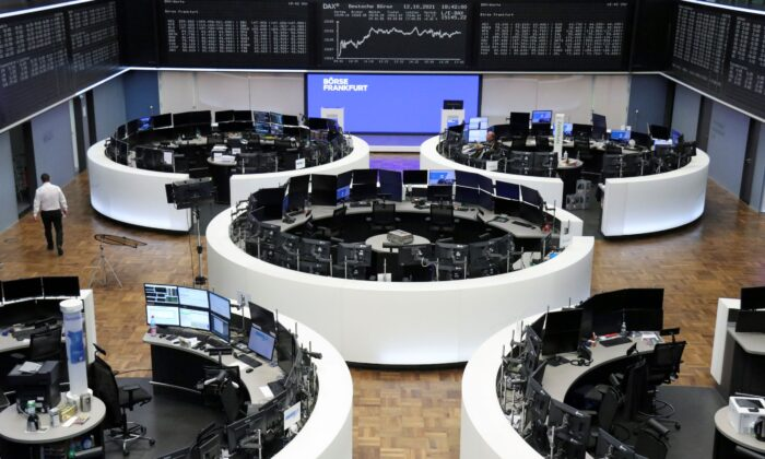 German share price index DAX graph is pictured at the stock exchange in Frankfurt, Germany on Oct. 12, 2021. (Staff/Reuters)