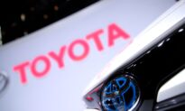 Toyota Cuts November Output but Sticks to Full-Year Goal