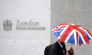 Stocks Run out of Steam on Regulation Worries, Higher Yields