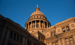Texas Republicans Advance New Congressional Map That Bolsters GOP Power