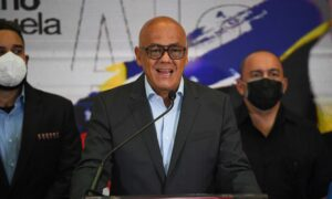 Maduro Regime Suspends Negotiations With Opposition as Venezuelans Continue to Suffer 76 Percent Poverty