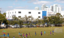 Miami Private School Requires Students to Stay Home 30 Days After Getting COVID-19 Vaccine