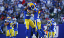 Stafford Throws 4 TDs, D Forces 4 TOs, Rams Rout Giants