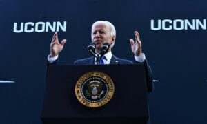 Biden Says Democrats Unlikely to Fully Fund His Free Community College Plan