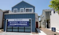US Pending Home Sales Unexpectedly Fall in September