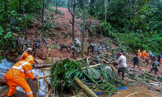 Floods, Landslides Kill at Least 28 People in Southern India