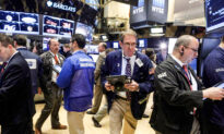 S&P, Nasdaq Enjoy Boost From Big Tech Firms, Dow Ends a Hair Lower