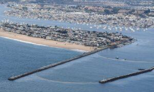 Huntington Harbor Closed After Sewage Spill
