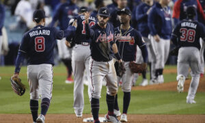 Braves Blast 4 HRs, Beat Dodgers 9-2 for 3-1 Lead in NLCS