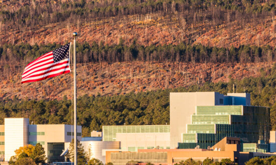 185 Employees Leave Los Alamos Nuclear Weapons Lab Due to Vaccine Mandate
