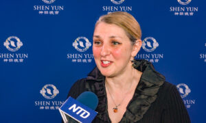 Veterinarian Says Shen Yun Is 'Life-Changing'