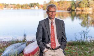 Children Shouldn't Get COVID-19 Vaccines: Harvard Professor