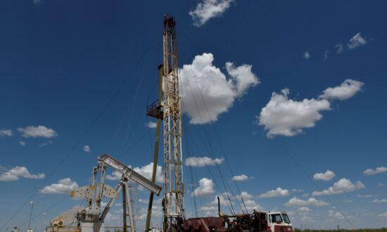 Third-Quarter Profits to Sparkle for Shale Producers Without Hedges