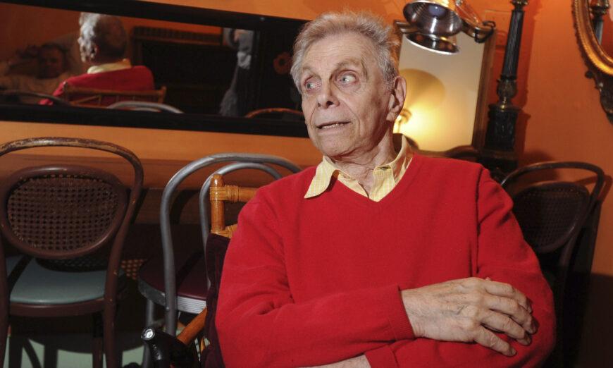 Comedian Mort Sahl Dies at Age 94