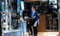 Nasdaq Rises After Strong Microsoft Forecast