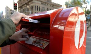 Australia Post Gives Deadlines for Christmas Parcels and Cards to Arrive on Time