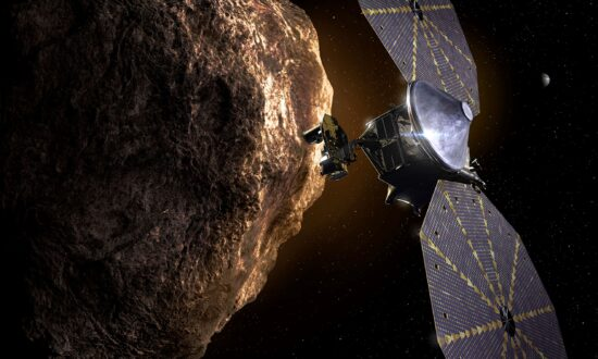 Solar Wing Jammed on NASA Spacecraft Chasing Asteroids