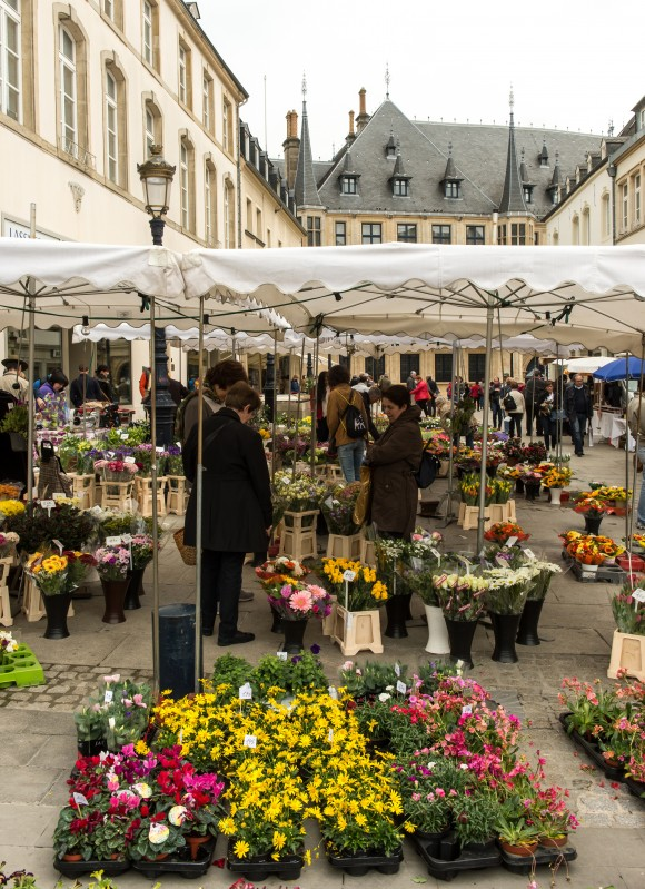 The Saturday market at Place Guillaume II. (Luxembourg for Tourism)