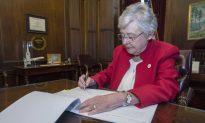 Alabama Gov. Kay Ivey Apologizes for Wearing Blackface 52 Years Ago