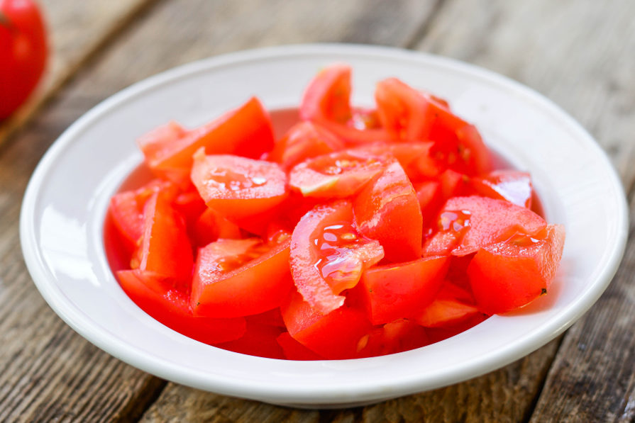 The redder the tomatoes, the higher the lycopene content. (Shutterstock)
