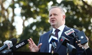 Victorian Liberals Branch Stacking a 'Test' for PM: Opposition Labor Leader