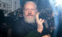 Indictment 'Surprised' Assange's Lawyers