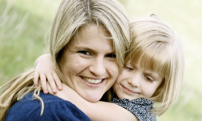 Jenny Phillips with one of her children. (Courtesy of Jenny Phillips)
